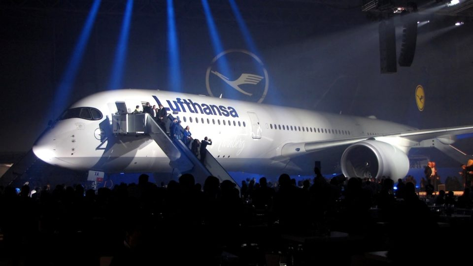Lufthansa présente son A350 en grande pompe!
