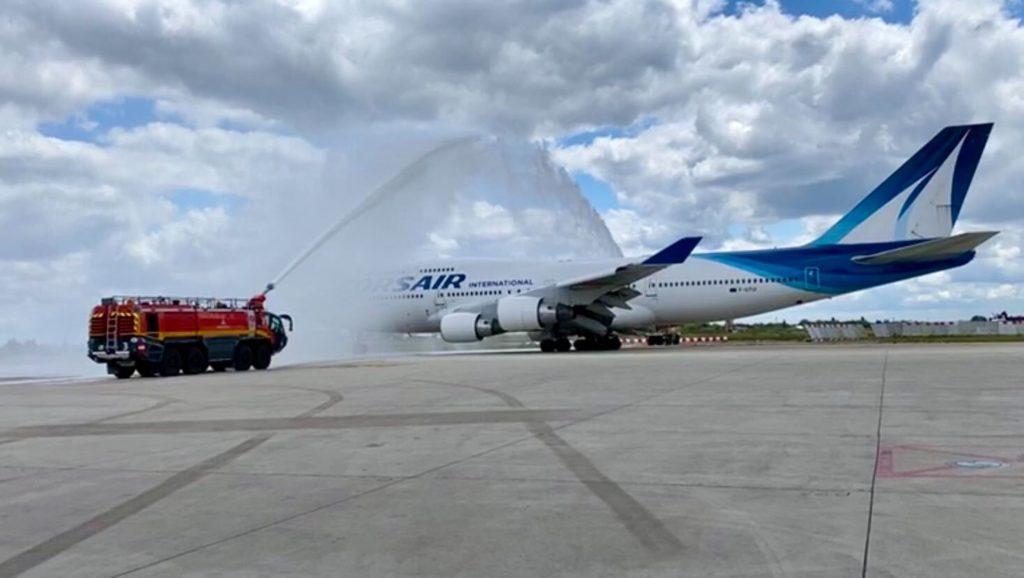 Corsair 747 Water Salute