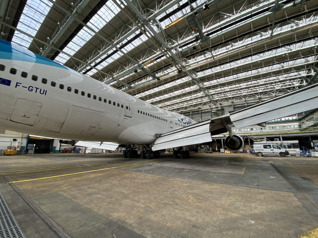 Corsair B747 Hangar Paris Orly